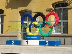 Aros olímpicos con globos