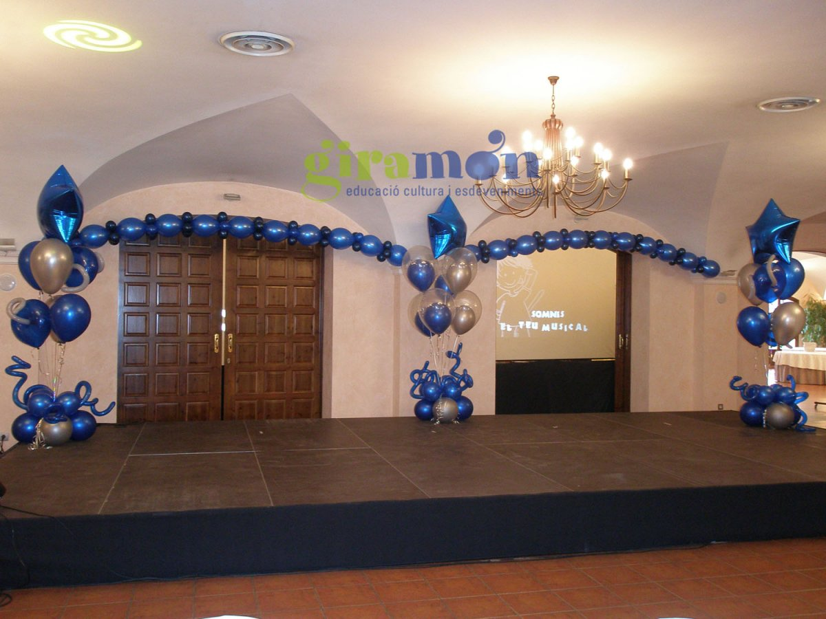 Decoraci n de salones para eventos giram n giram n for Arreglos de salon con globos