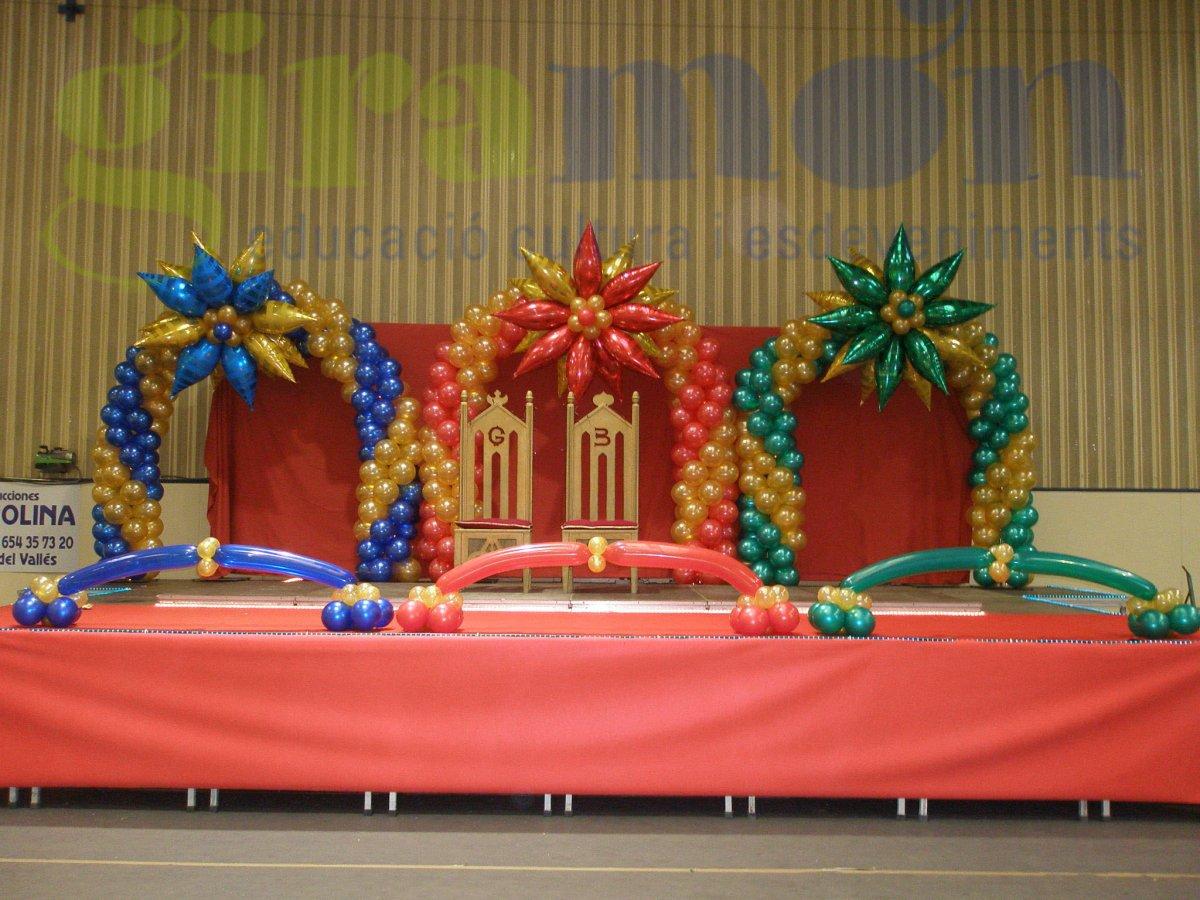 Decoraci n de arcos en escenario con estrella para navidad - Ideas para reyes ...