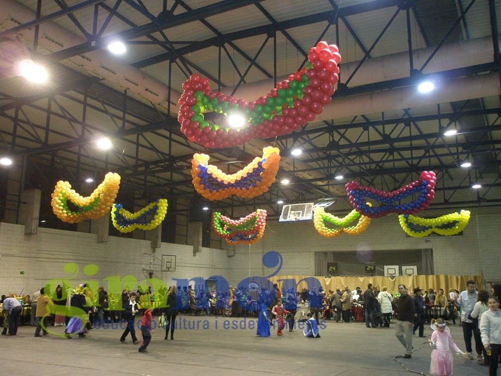 Grandes figuras con globos m scaras de carnaval giram n for Decoracion para carnaval