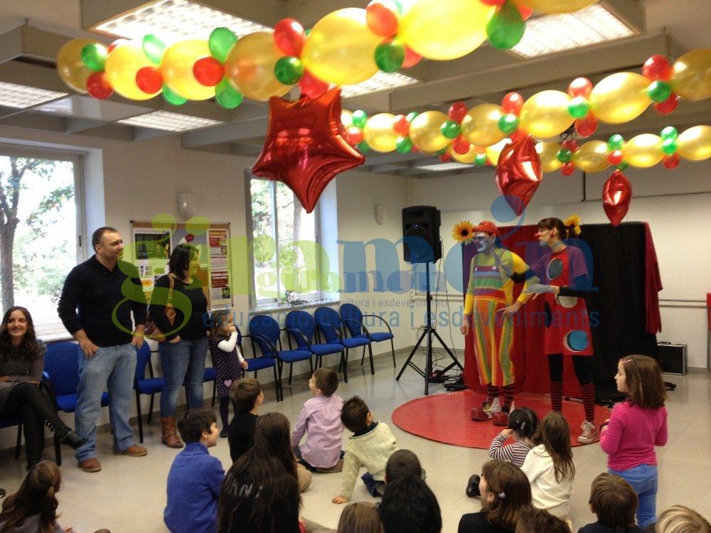 Decoraci n con globos para fiestas de empresa giram n - Empresas de decoracion ...