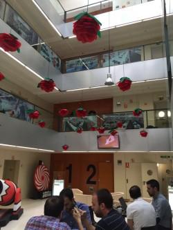 decoración de rosas para oficinas