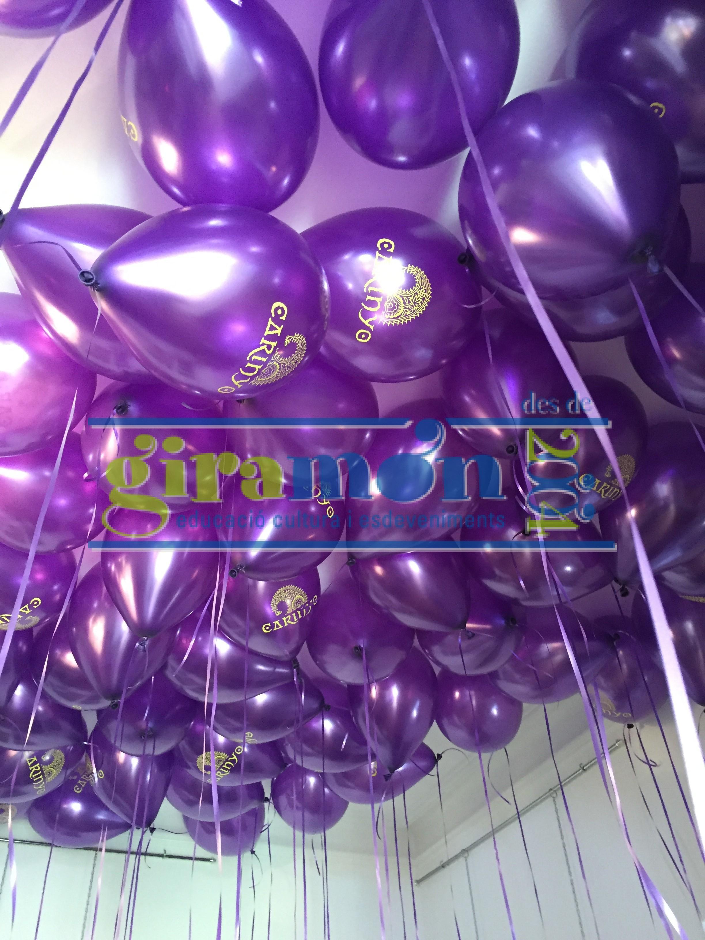 globos metalizados con impresin laser inflado con helio y atado con cinta decoratova cinta para eventos