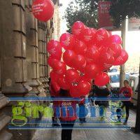 Publicidad con globos personalizados con helio