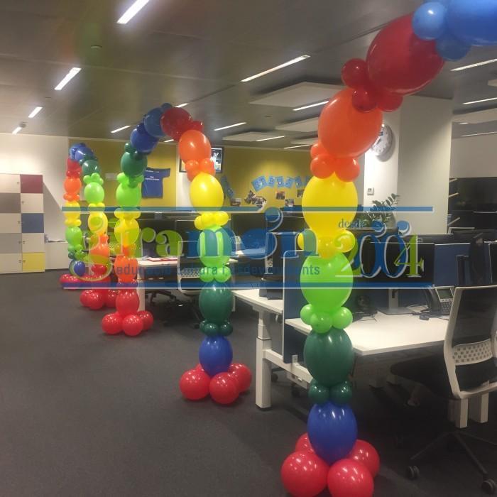 arco de globos link-o-lum con helio oficinas barcelona
