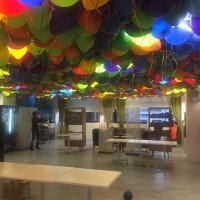 decoración de globos de látex con helio