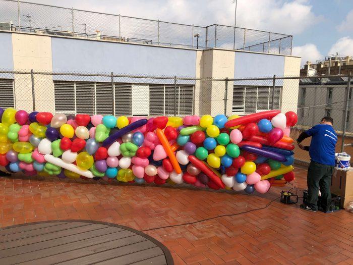 red de caída de globos