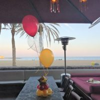 decoración centros de mesa con globos
