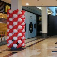 malla con globos para columnas