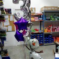 Ramo globos cumpleaños personaje ref 303