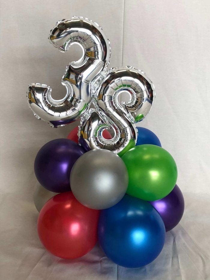 Ramo globos cumpleaños. Ref311