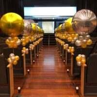 Decoraciones elegantes con globos para eventos y celebraciones
