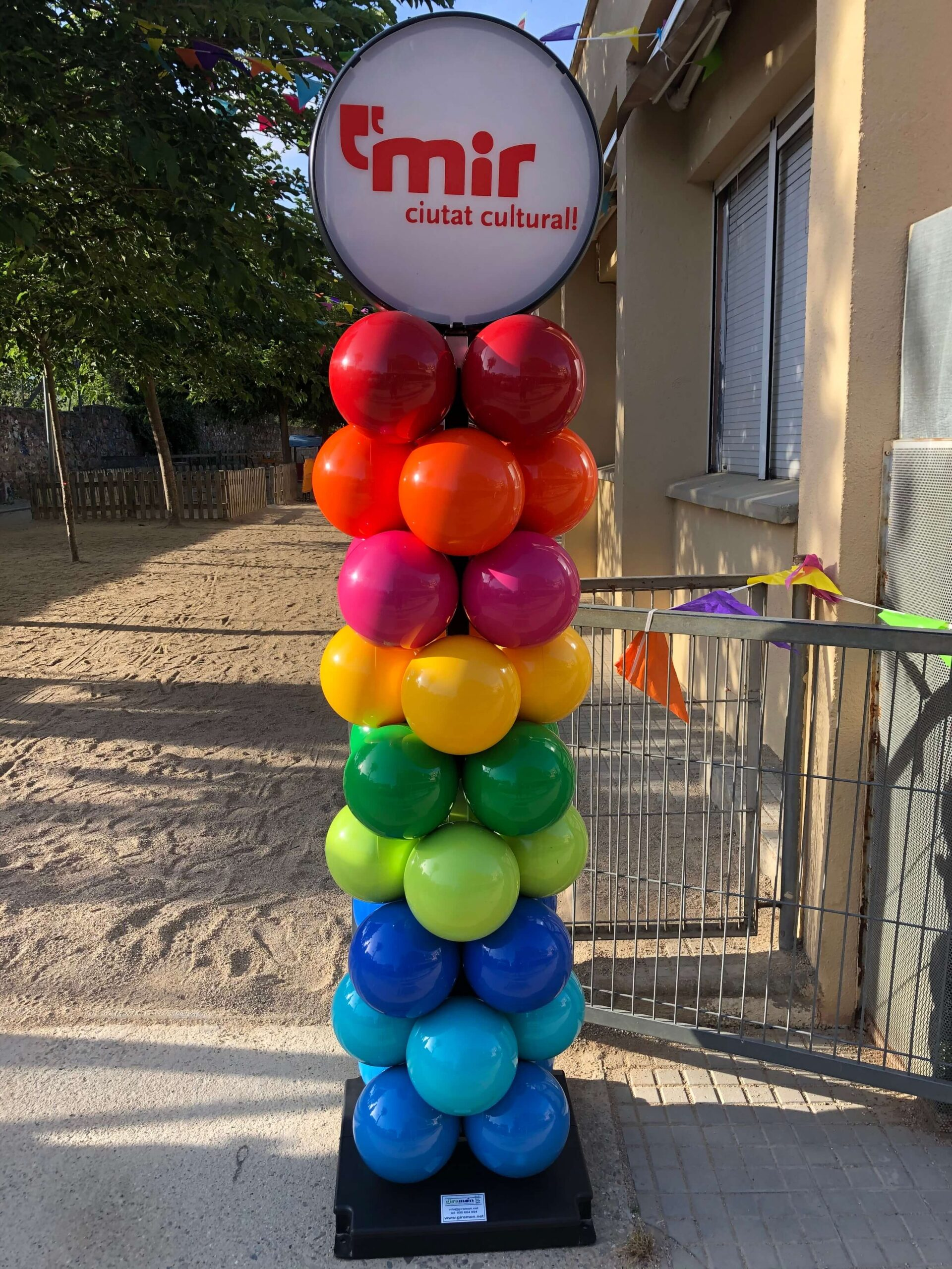Columnas-pilares personalizables de globos plástico reciclado